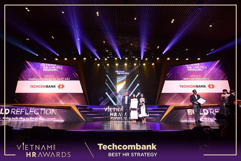 Ngân hàng TechCombank nhận nhiều giải thưởng danh giá